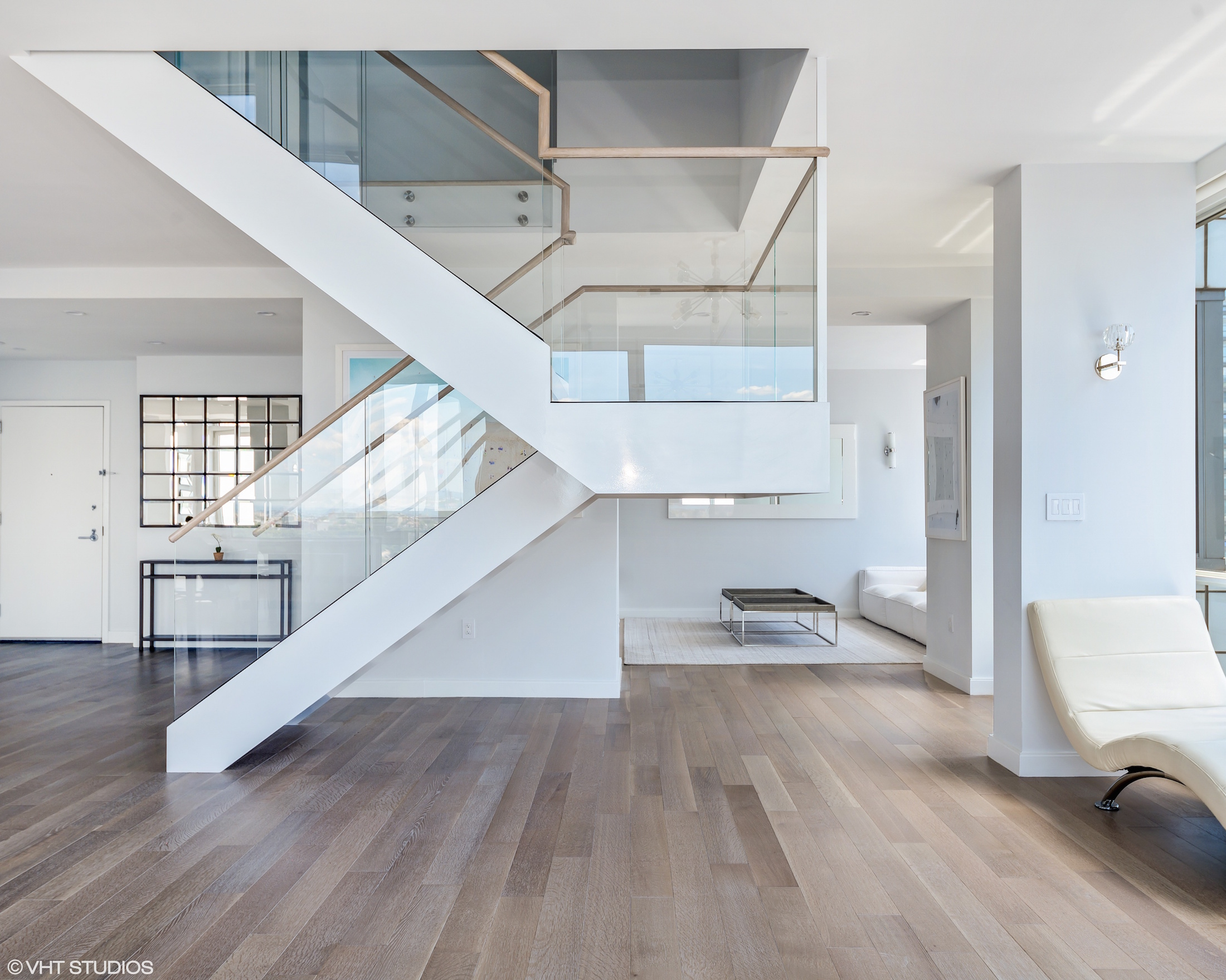The Atelier Condo Staircase-daniel neiditch